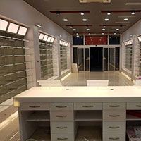 Pharmacy Shopfitting Design 013