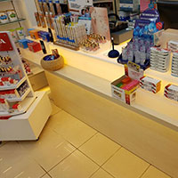 Pharmacy Shopfitting Design 04