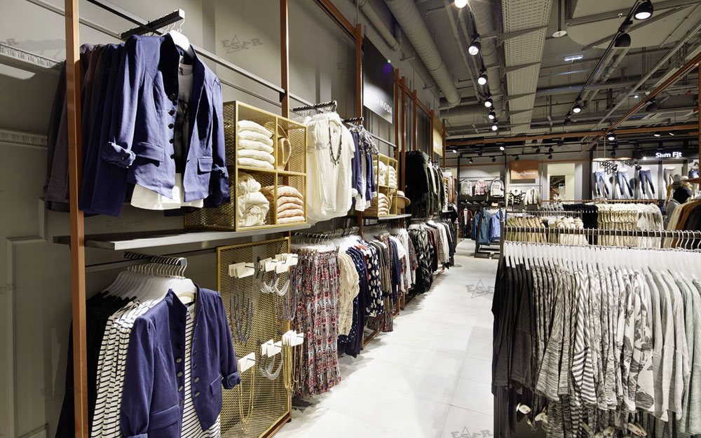 Textile Shopfitting Design 36